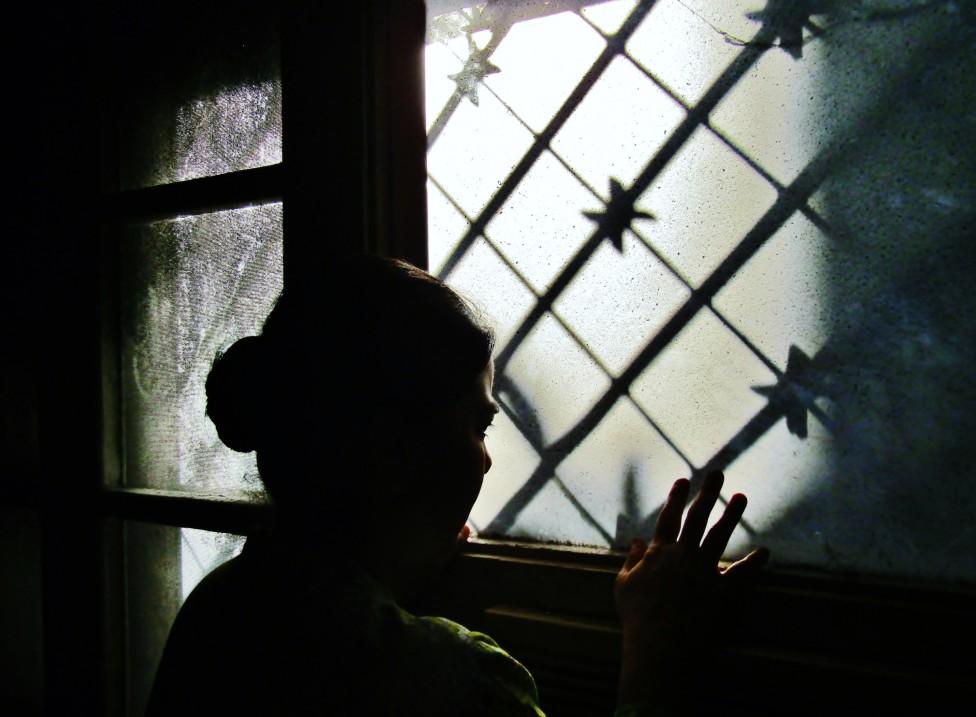 Mujer en una ventana
