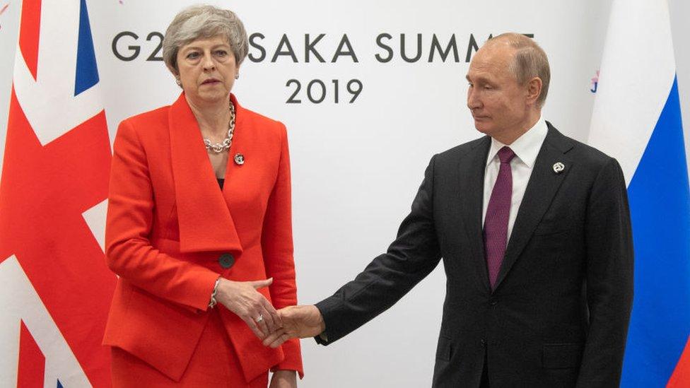 Encuentro entre May y Putin en la cumbre del G20 en junio de 2019
