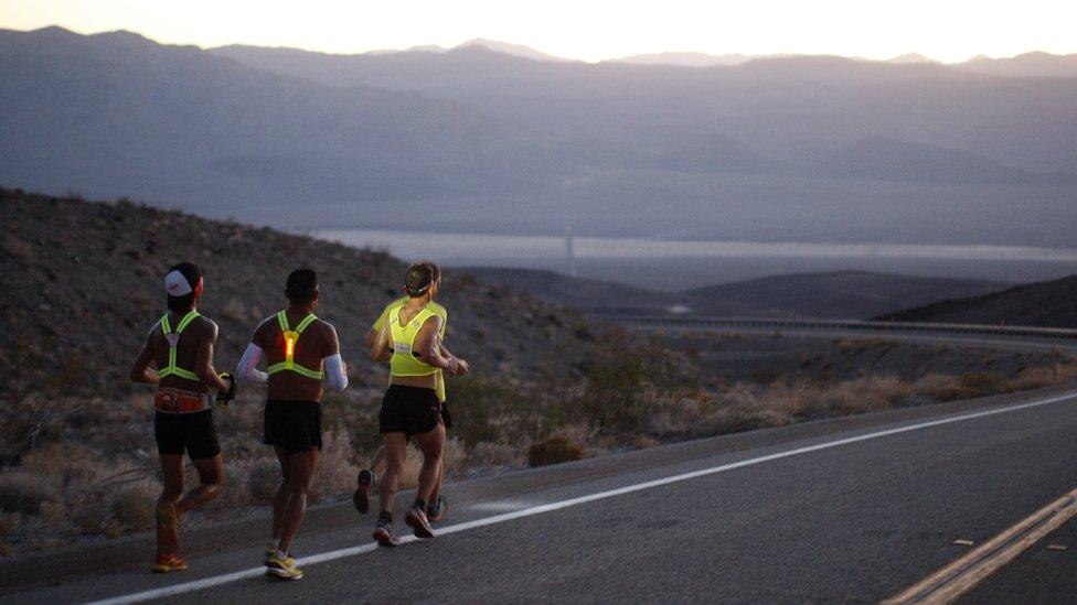 No hay duda de que las carreras de larga distancia van de la mano con la fortaleza mental.