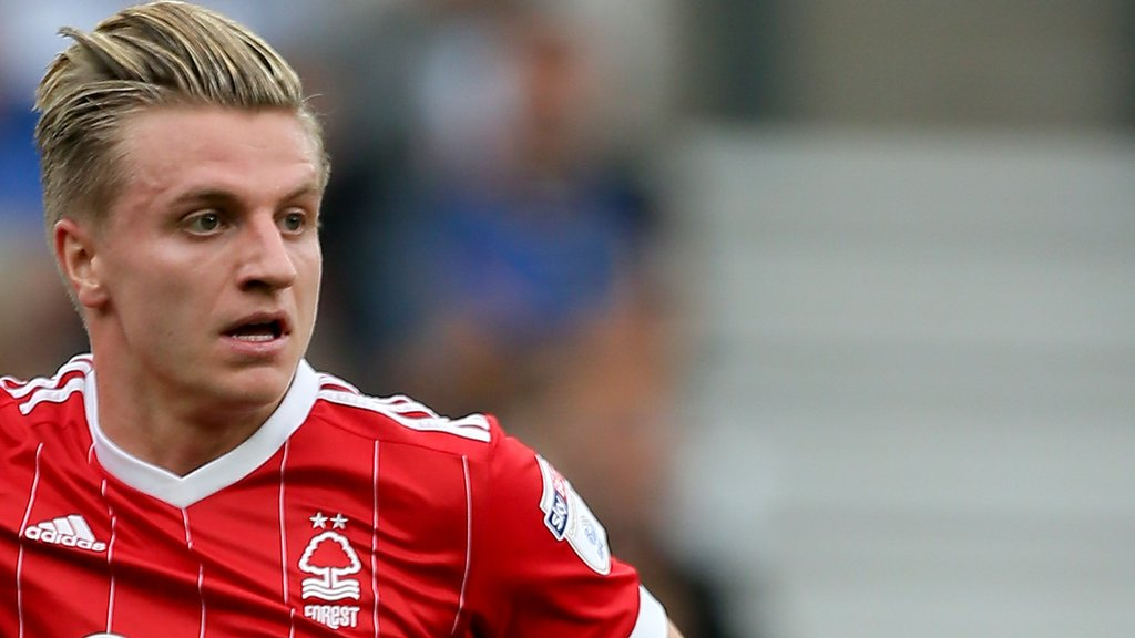 Jason Cummings: Nottingham Forest forward joins Peterborough United on loan
