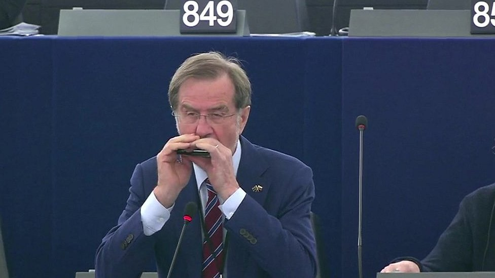 European parliament given surprise musical performance