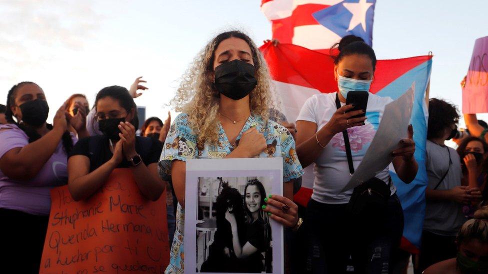 Hermana de Keishla Rodríguez Ortiz en protesta por su muerte