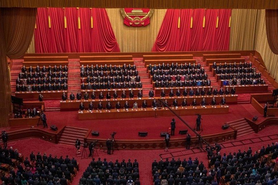 De los 2.895 delegados de la Asamblea Nacional Popular de China todos votaron a favor de los cambios sobre Hong Kong. Ninguna votó en contra.