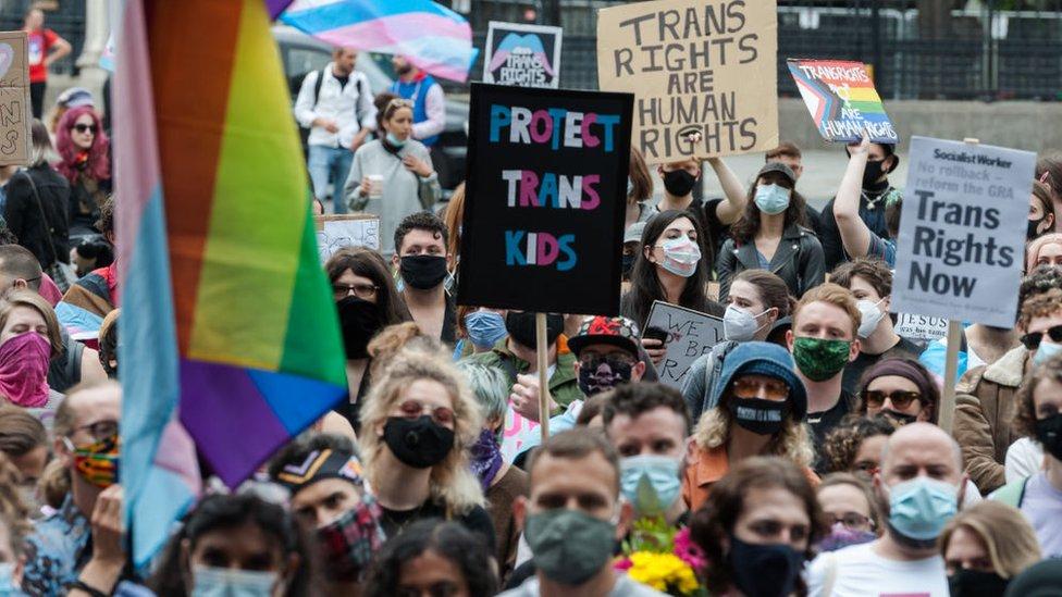 Una protesta a favor de los derechos transgénero en Londres.