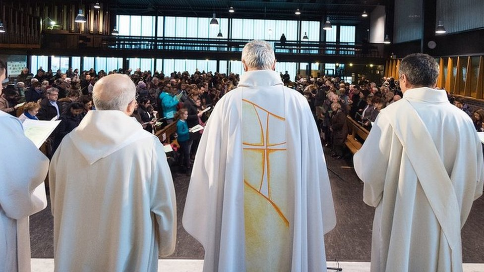 Liturgija u Parizu