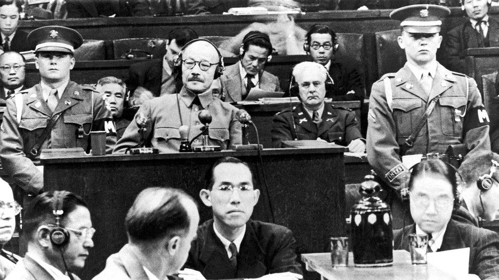 Juicio al entonces primer ministro japonés Hideki Tojo.