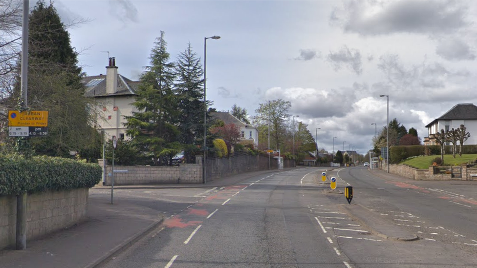Woman Dies After Being Hit By Car On A77 In Giffnock Bbc News
