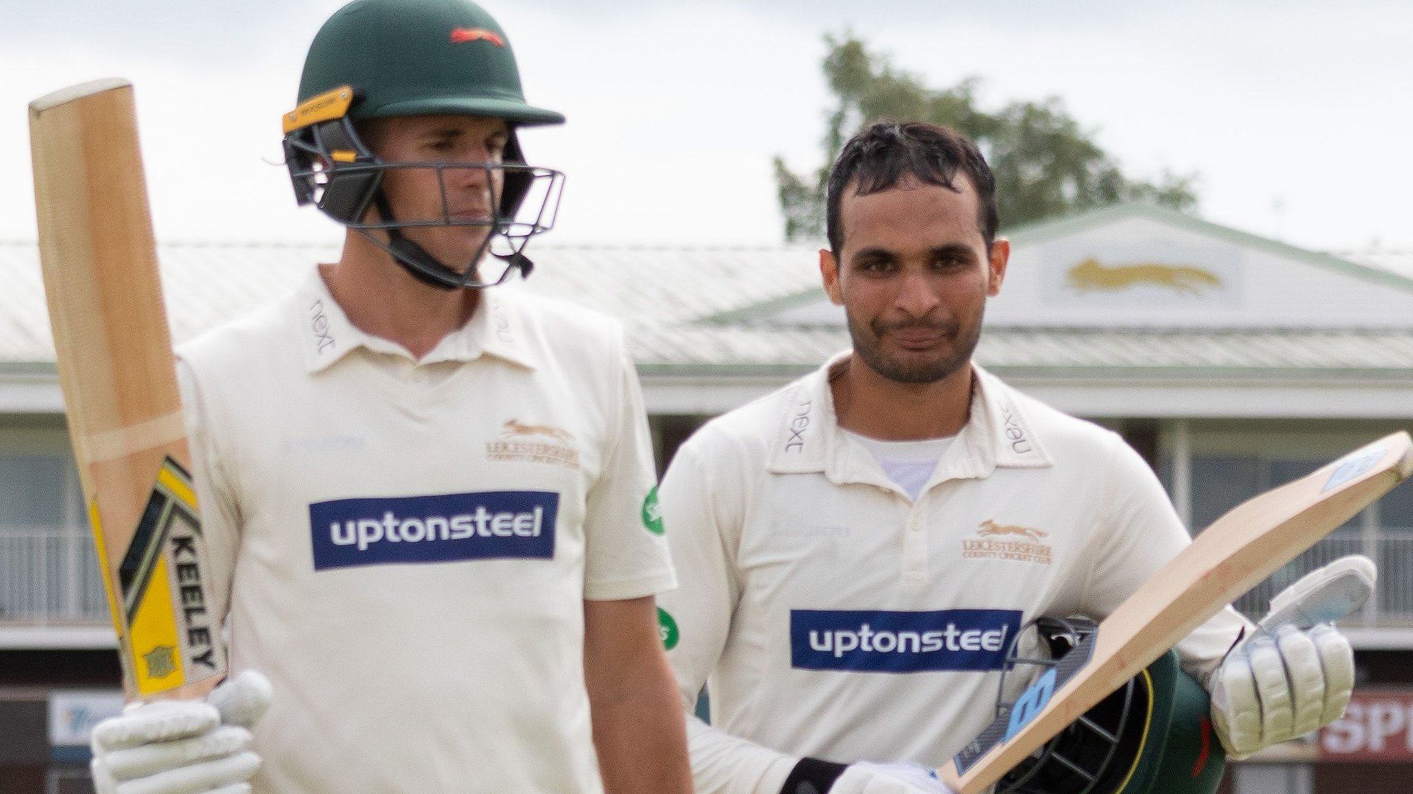 County Championship: Neil Dexter hits career-best 180 for Leicestershire v Gloucestershire
