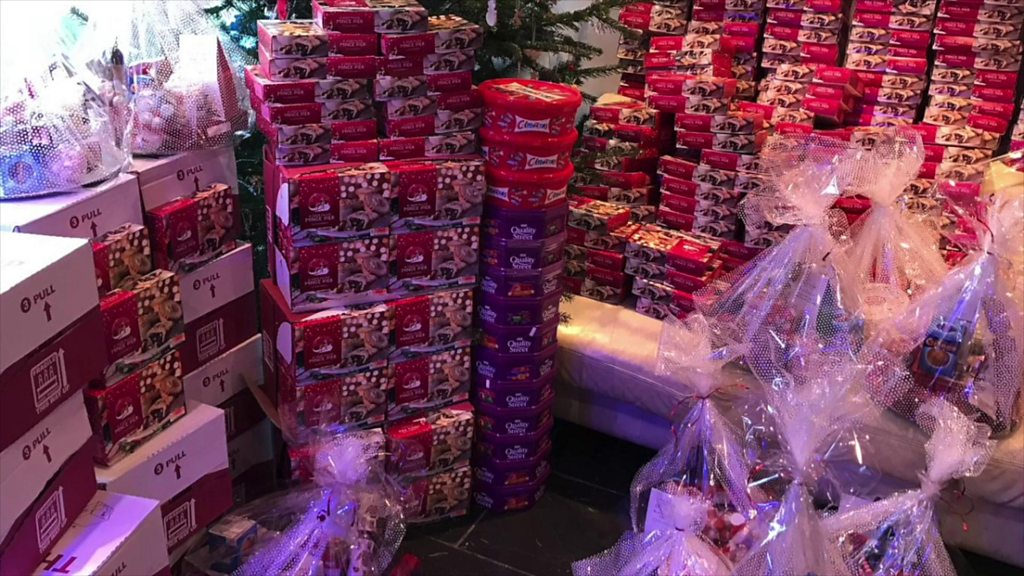 East Grinstead mums' Christmas gift to emergency workers