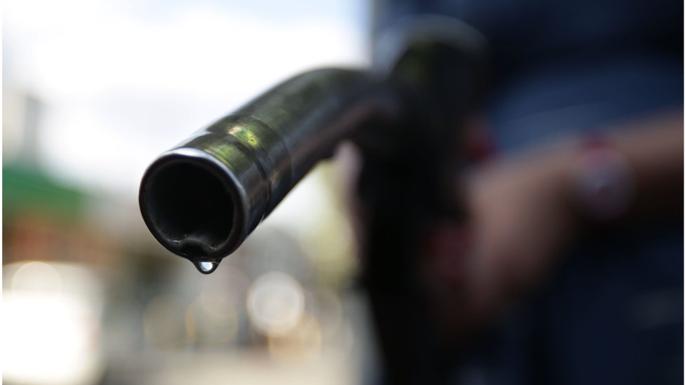 How will the petrol and diesel ban work?