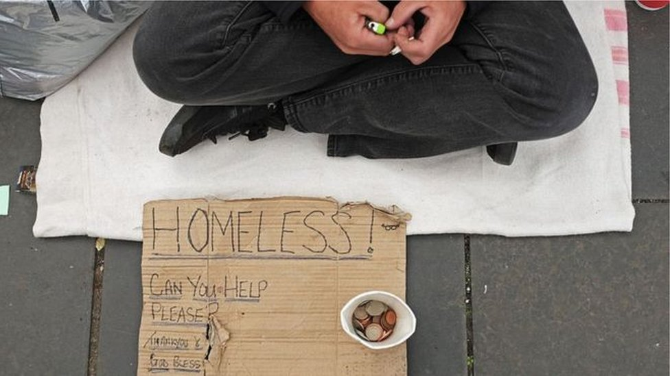 Irish police arrest 46 people for begging