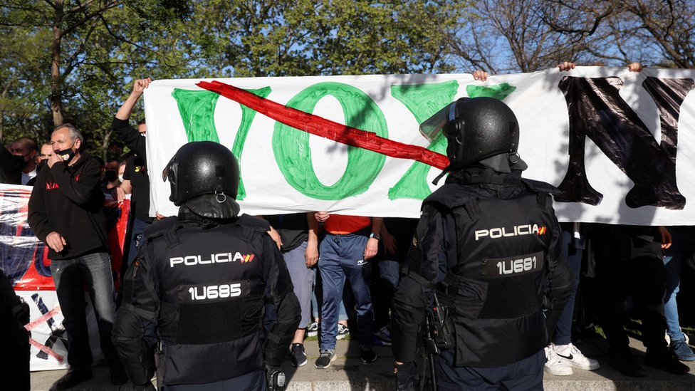 Protesta contra Vox en Vallecas.