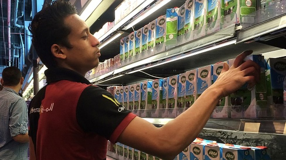 10 Haziran 2017'de Katar süpermarketlerindeki raflar Türk ürünleriyle doluydu