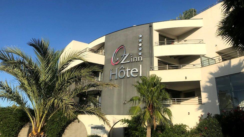 Ozinn hotel