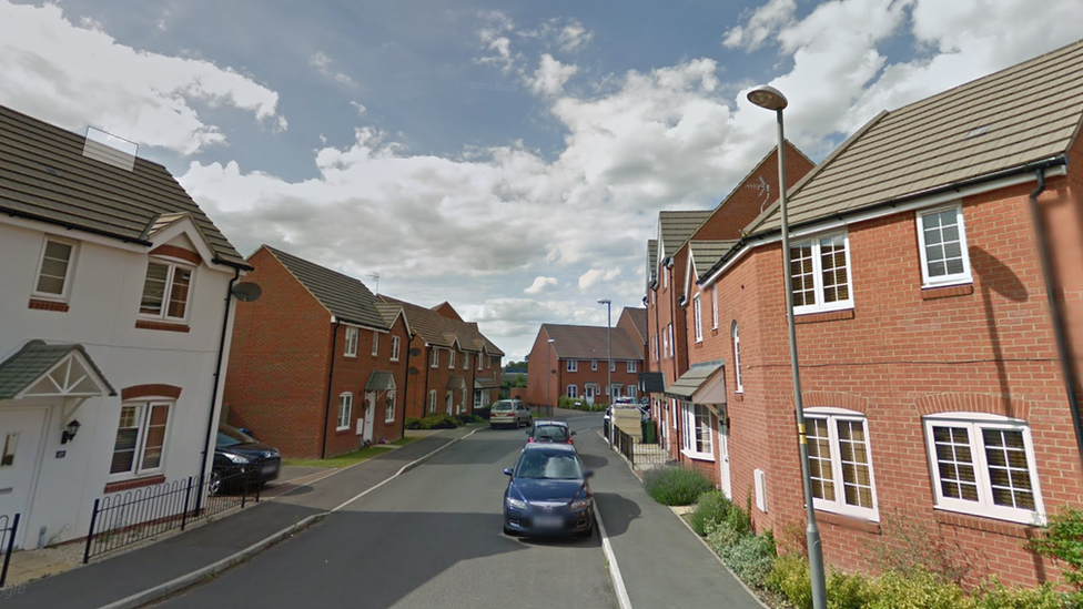 Aylesbury teenager arrested over shotgun attack