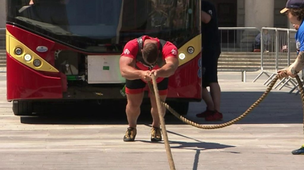 British strongman Terry Hollands 'breaks bus pull record'