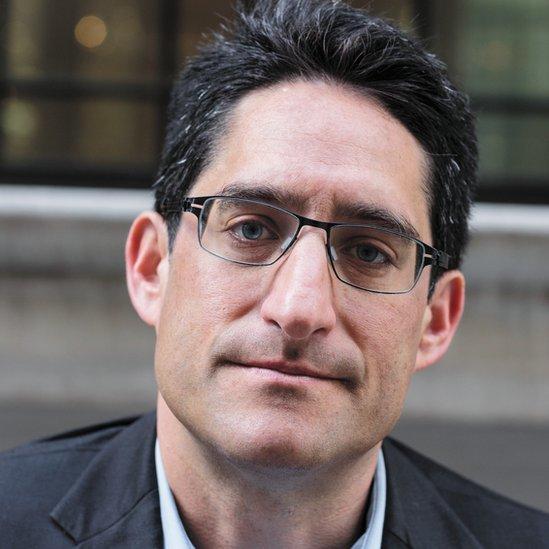Aaron Glantz