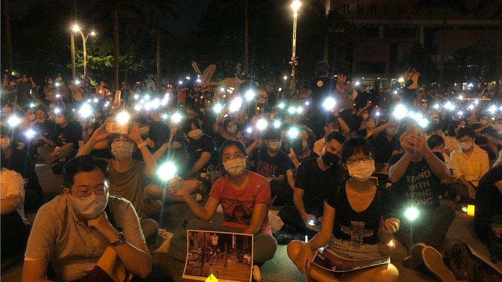 台灣也有悼念活動。