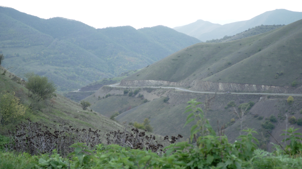 The road from Armenia to Nagorno-Karabakh