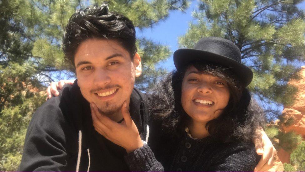 Rodrigo y Sienna Menses