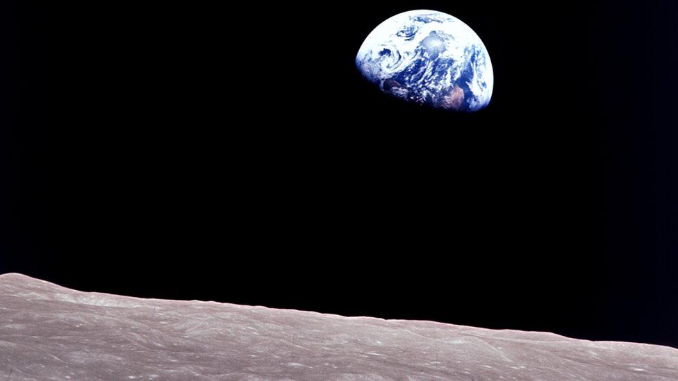 Vista de la Tierra desde el espacio.