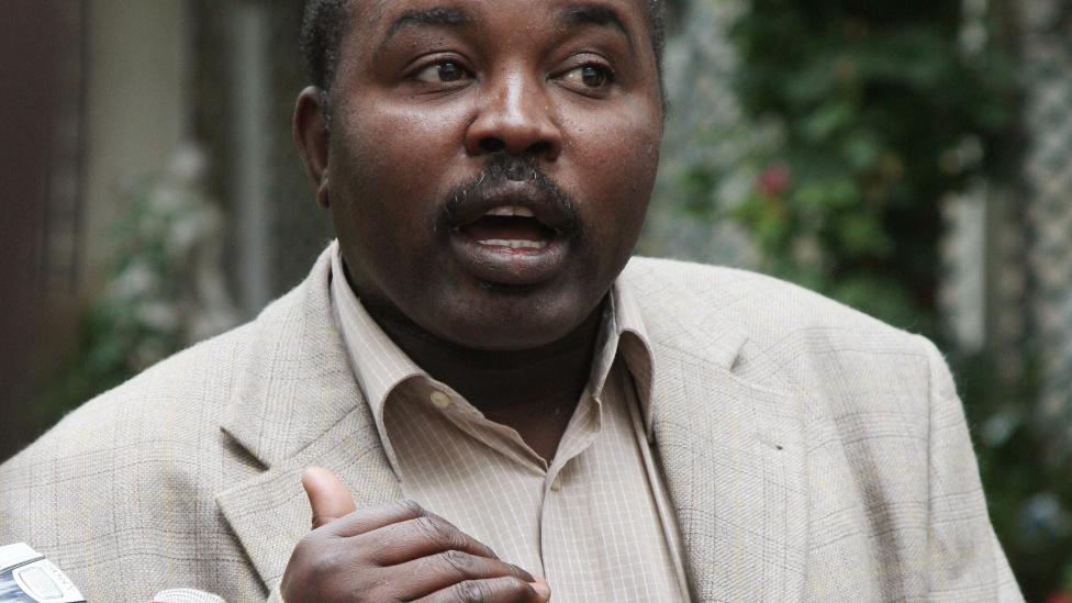 عبد الواحد محمد نور قائد جماعة حركة تحرير السودان المتمردة في دارفور لم يوقع على الاتفاق