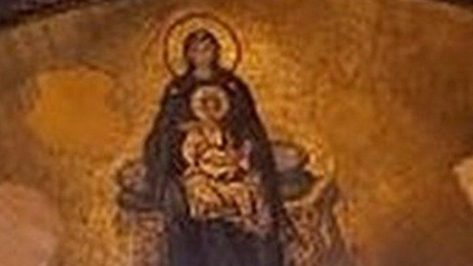 Mosaik Yesus dan Bunda Maria di Hagia Sophia