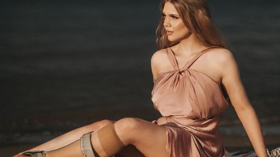 Modelo Lucy Dawson