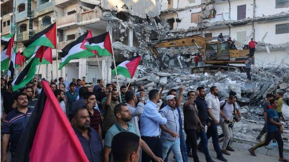 مسيرة في غزة احتجاجاً على مسيرة الأعلام الإسرائيلية في القدس