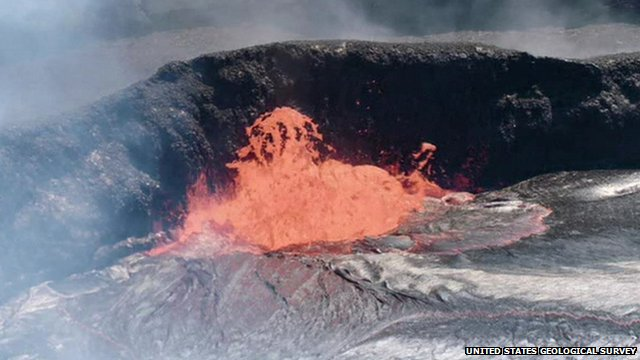 Volcano lava lake eruption