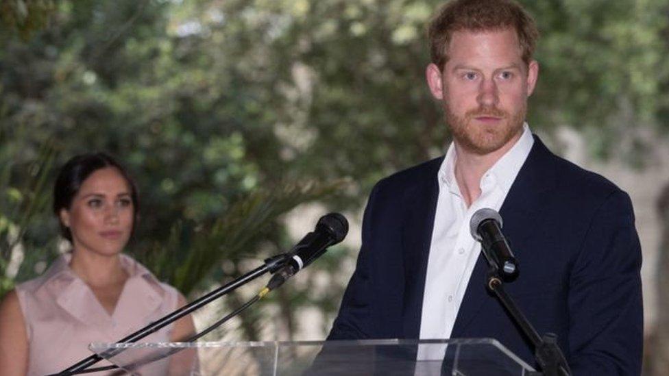 Принц Гаррі подав до суду на таблоїди через прослуховування телефону