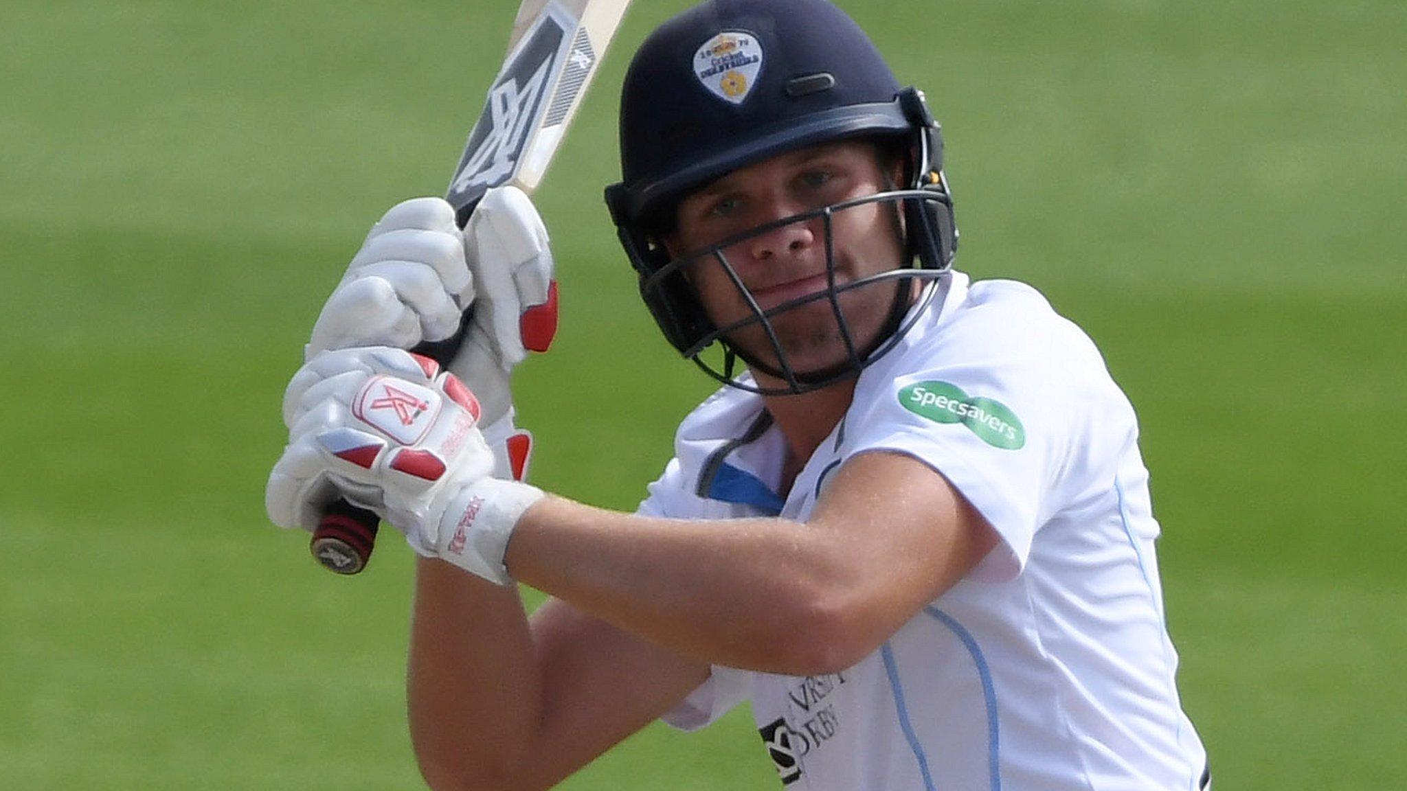 County Championship: Middlesex build lead over Derbyshire after Critchley century