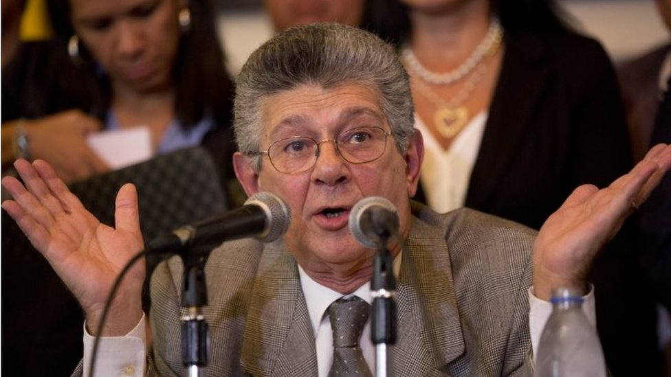 National Assembly President Henry Ramos Allup speaks during a press conference at the National Assembly on 12 January, 2016.