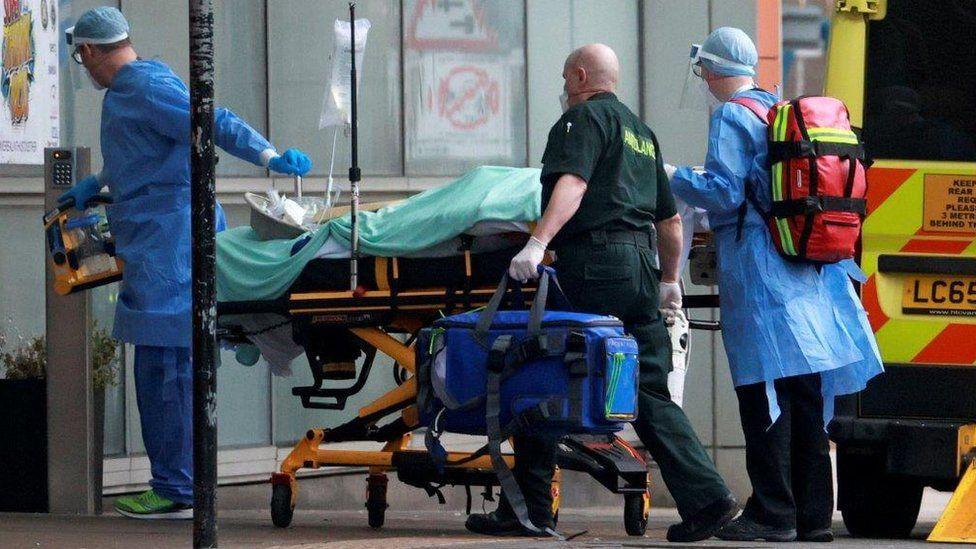 Leicester Üniversitesi'nin araştırması, Covid teşhisiyle hastaneye yatıp taburcu olan 1000 kişiyi kapsıyor
