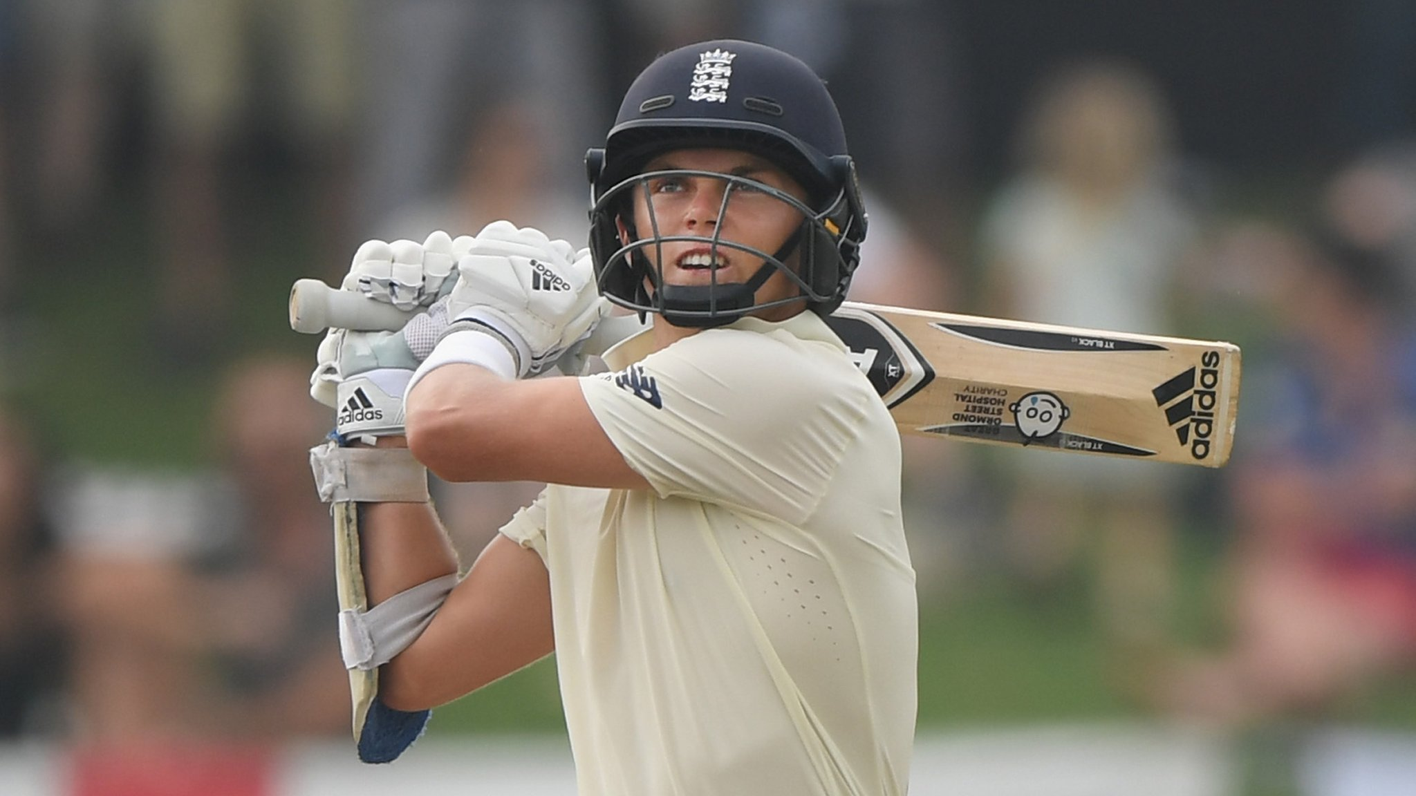 Sri Lanka v England: Jos Buttler and Sam Curran put England in promising position