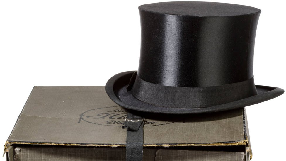 A picture of the top hat which belonged to Adolf Hitler