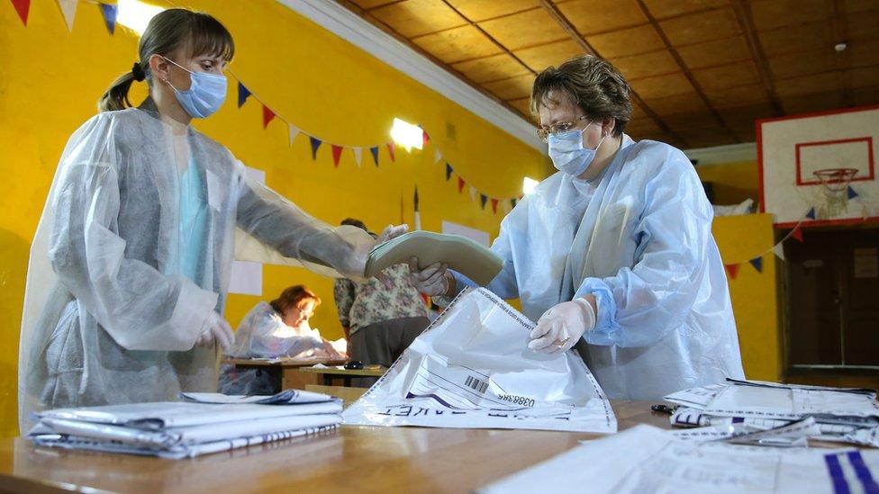 Кто хочет внедрить многодневное голосование на выборах в России и за что эту идею критикуют