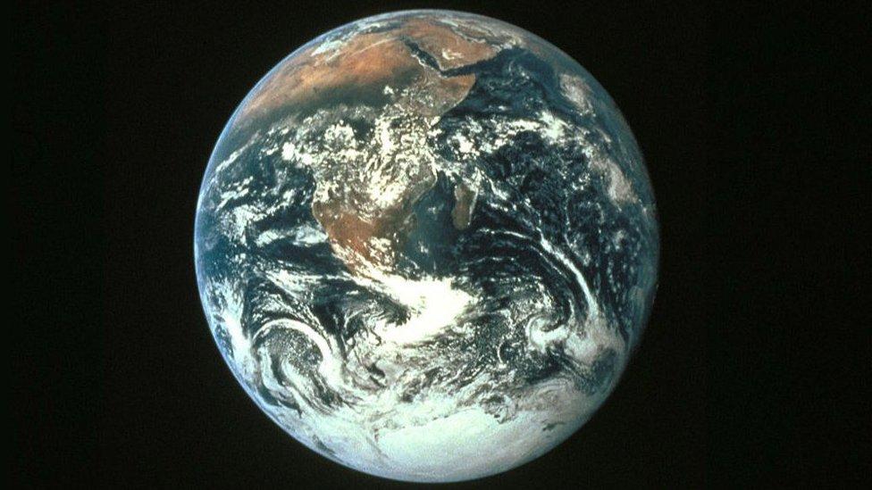 planeta zemlja iz svemira
