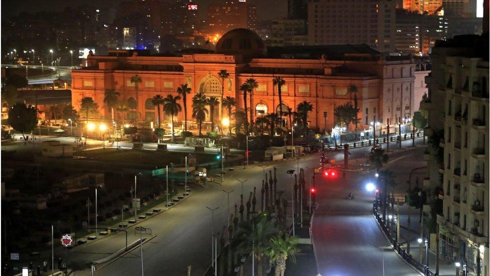 المتحف المصري في قلب ميدان التحرير
