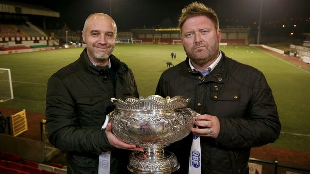 Cliftonville manager Gerard Lyttle and Ards boss Niall Currie