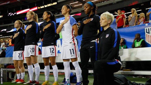 فريق كرة القدم النسائية