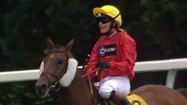 Victoria Pendleton finishes second on her racing