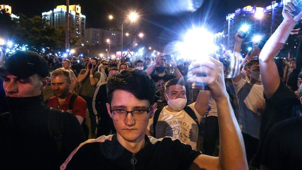 Как Беларусь осталась без интернета. Главное