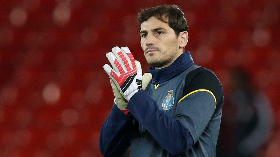 Iker Casillas se coronó campeón del mundo en 2010.