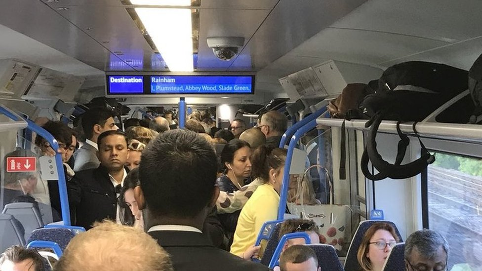 GTR and Northern rail bosses 'were aware' of likely chaos