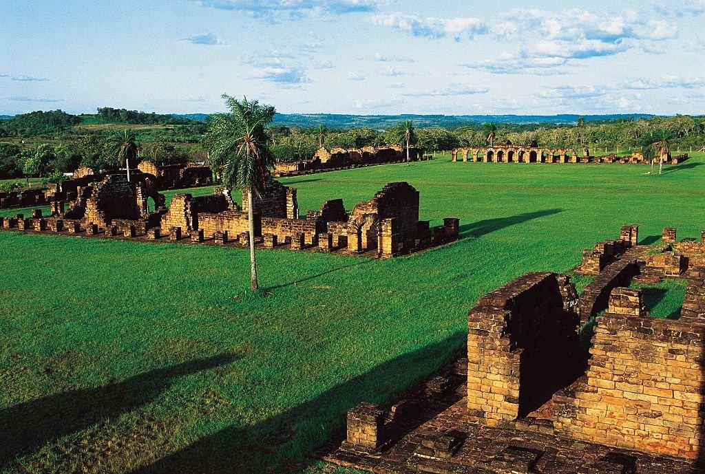 Ruinas de La Santísima Trinidad de Paraná, antigua reducción jesuita (Lista del Patrimonio Mundial de la UNESCO, 1993), Itapua. Paraguay, siglo XVIII.