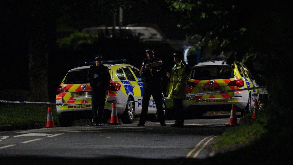 Servicios de emergencia en Keyham, Plymouth