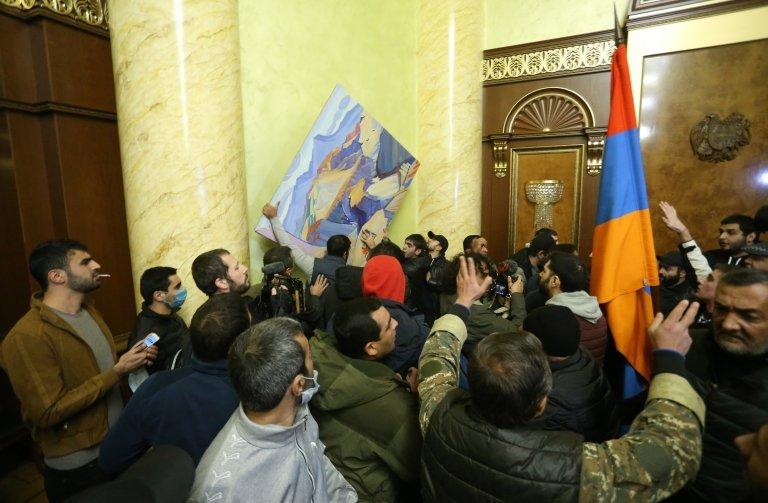Ermenistan'da göstericiler