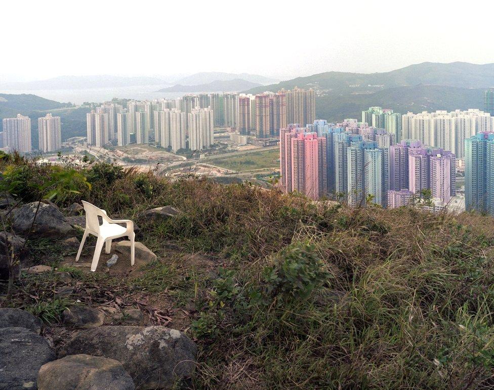 Iz serije o Hong Kongu: Ulaz/izlaz , 2005