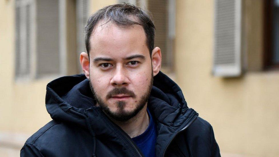 33 yaşındaki Pablo Hasel radikal sol görüşleriyle biliniyor